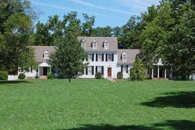 17 385x258 - Historical Villa for Sale