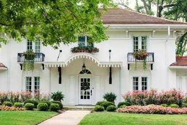 43 385x258 - Amazing Villa for Sale